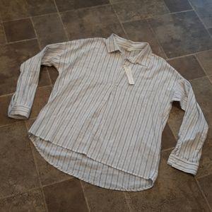 NWT Love Stitch women's size M collard blouse